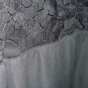 Beautiful blouse... 3 quarter sleeve